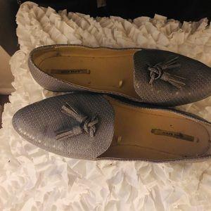 Z A R A Gray Croc Flats US9